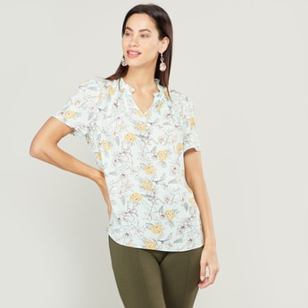 Floral Printed Top with V-neck and Short Sleeves