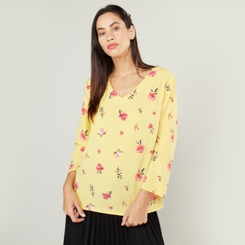 Printed Top with 3/4 Sleeves and V-neck