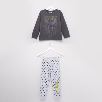 Batman Printed Long Sleeves T-shirt with Full Length Jog Pants