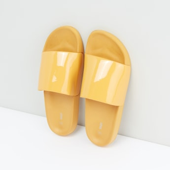 Solid Slippers with Slip-On Closure