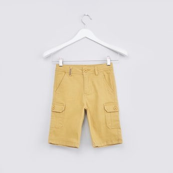 Pocket Detail Cargo Shorts with Zip Fly and Belt Loops