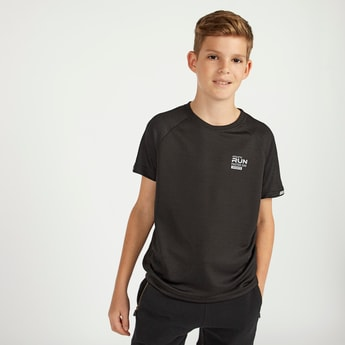 Textured T-shirt with Round Neck and Raglan Sleeves