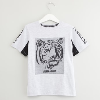 Graphic Embroidered Round Neck T-shirt with Short Sleeves