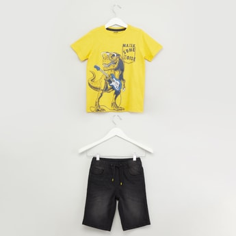Printed Short Sleeves T-shirt with Denim Shorts