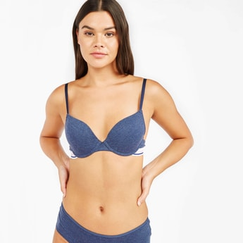 Textured T-shirt Bra with Hook and Eye Closure