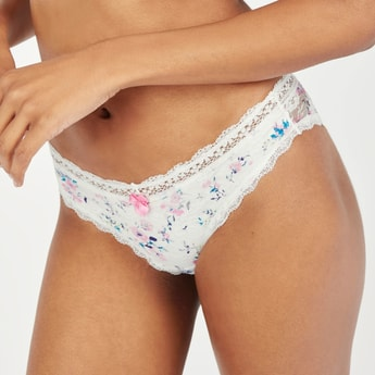 Printed Hipster Briefs with Lace Detail