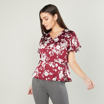 Floral Printed V-neck Top with Short Sleeves