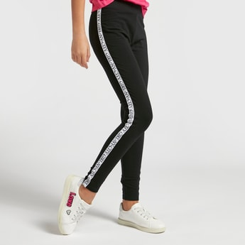 Skinny Fit Solid Leggings with Printed Side Tape
