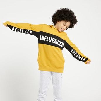 Typographic Print Sweatshirt with Long Sleeves and Hood