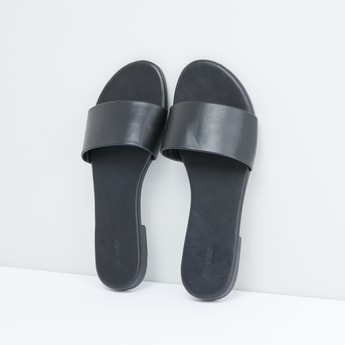 Slides with Broad Straps