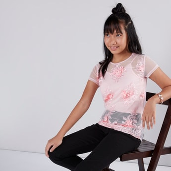 Floral Applique Short Sleeves Top and Camisole