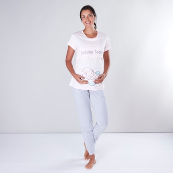 Maternity Printed T-shirt and Full Length Pyjama Set