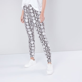 Printed Pants with Pocket Detail and Elasticised Waistband