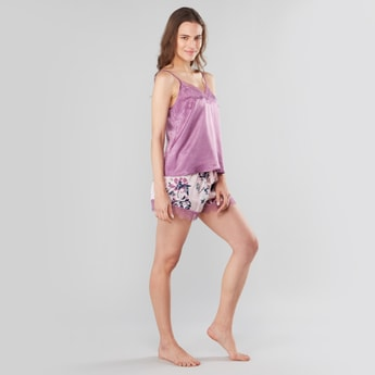 Lace Detail Sleeveless Top with Printed Shorts