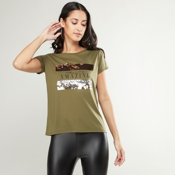 Sequin Detail T-shirt with Round Neck and Short Sleeves