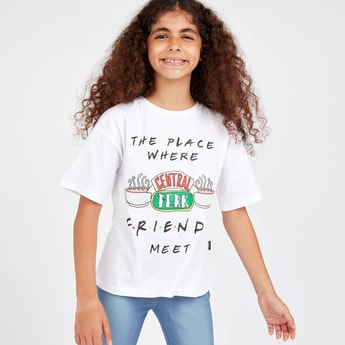 Friends Print T-shirt with Round Neck and Short Sleeves