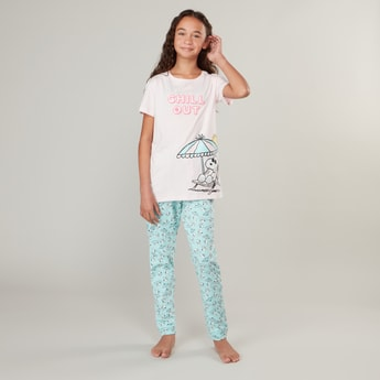 Snoopy Print Short Sleeves T-shirt and Full Length Pyjama Set