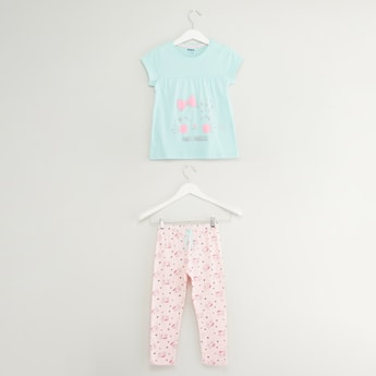 Printed T-shirt and Pyjama Set with Embroidered Detail
