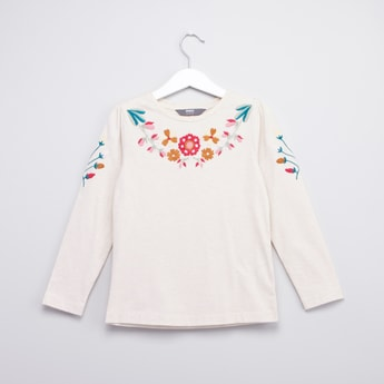 Embroidered Top with Round Neck and Long Sleeves
