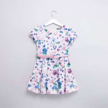 Floral Printed Round Neck Dress with Short Sleeves and Belt