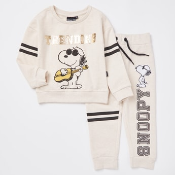 Snoopy Print Round Neck Sweatshirt and Jog Pants Set