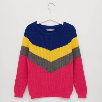 Chevron Patterned Sweater with Round Neck and Long Sleeves