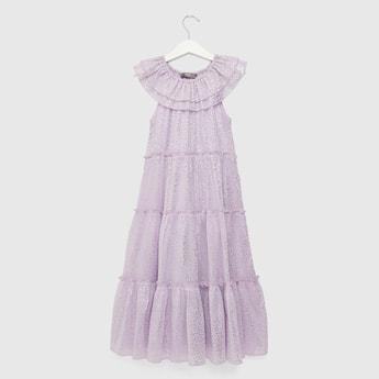فستان طويل متعدد الطبقات بدون أكمام بطبعات فويل