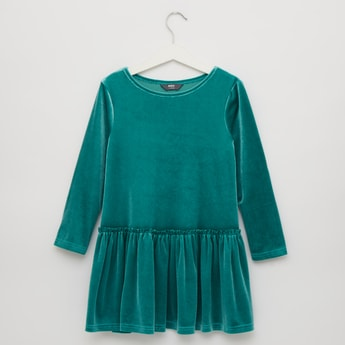 Solid Fit and Flare Velvet Dress