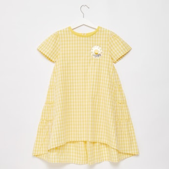 Chequered Oversized Tiered Dress with Short Sleeves