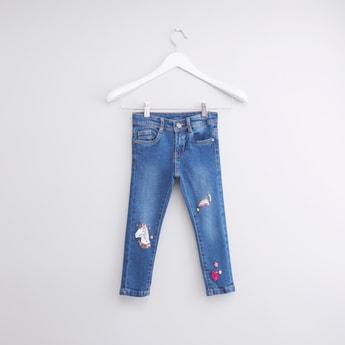 بنطال جينز طويل بطبعات مع جيوب وحلقات للحزام