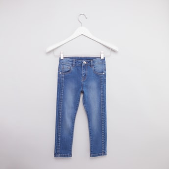 Jeans with Pockets and Button Closure