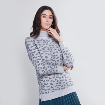 Animal Printed Sweater with Turtle Neck and Long Sleeves