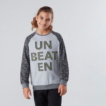 Typographic Sweatshirt with Raglan Sleeves and Ribbed Hems