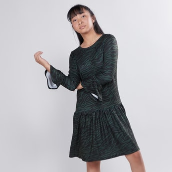 #Asked with concept Textured Jacket with Plush Detail and Long Sleeves