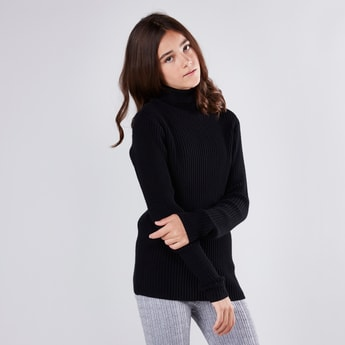 Ribbed Turtleneck Sweater with Long Sleeves