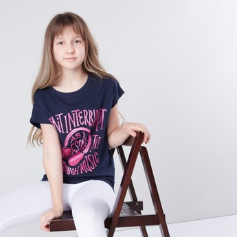 Printed T-shirt with Round Neck and Extended Short Sleeves