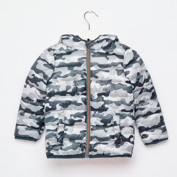 Camouflage Print Padded Jacket with Long Sleeves and Hood