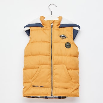 Textured Sleeveless Gilet Jacket with Hood and Zip Closure