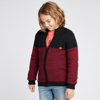 Knitted Round Neck Sweater with Long Sleeves and Zip Closure
