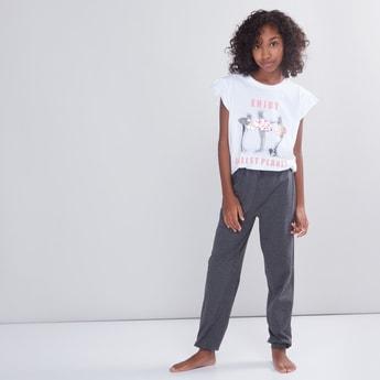 Printed T-Shirt with Full Length Jog Pants