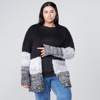 Textured Cardigan with Pocket Detail and Long Sleeves