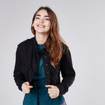 Plain Crop Jacket with Long Sleeves and Pocket Detail