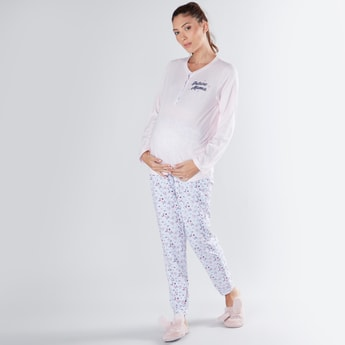 Printed Round Neck Maternity T-shirt and Full Length Pyjama Set