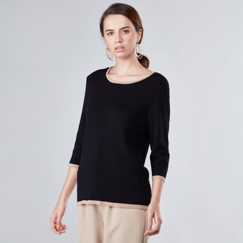 Textured Sweater with Round Neck and 3/4 Sleeves
