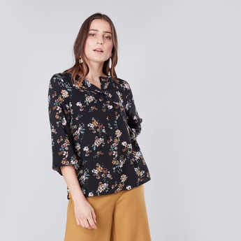 Floral Printed Top with 3/4 Sleeves and Half Placket