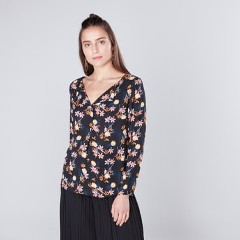 Floral Printed V-neck Top with Long Sleeves