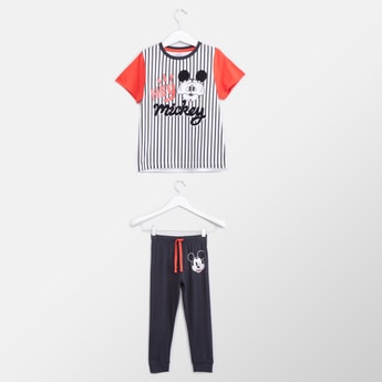 Mickey Mouse Printed T-shirt and Full Length Pyjama Set