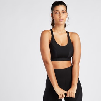 Slim Fit Medium Support Solid Sports Bra with Cross Straps