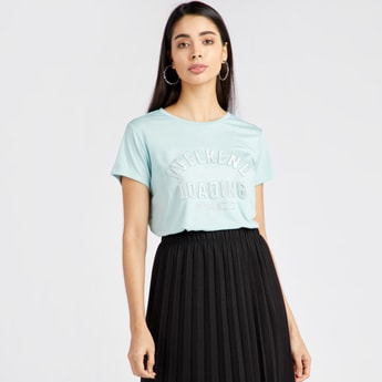 Embellished Regular Fit Round Neck T-shirt with Short Sleeves
