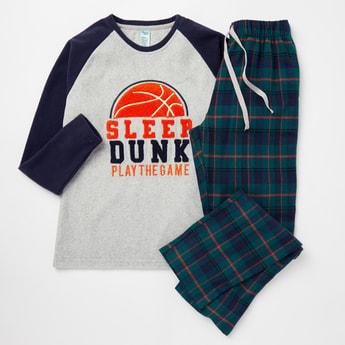 Cozy Collection Slogan Print T-shirt and Checked Pyjama Set